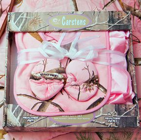 Realtree Pink Boxed Baby Set, Pink, hi-res