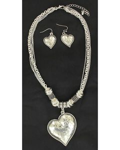 Blazin Roxx Hammered Heart Necklace & Earrings Set, , hi-res