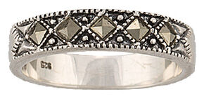 Montana Silversmiths Women's Sparks Will Fly Marcasite Night Wanderer Ring, Silver, hi-res
