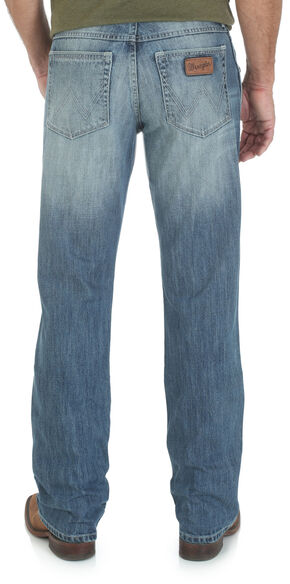 Wrangler Retro 77 Slim Fit Jeans - Sand Springs, Denim, hi-res