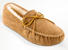 Minnetonka Men's Sheepskin Softsole Moccasins - Extended Sizes, , hi-res