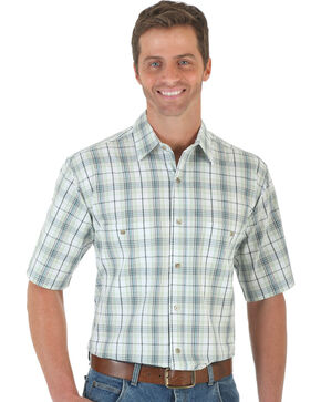 Wrangler Men's Green & White Plaid Rugged Wear Wrinkle Resist Shirt - Big and Tall , Green, hi-res