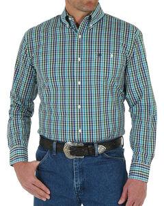 Wrangler Men's Classic Plaid Button Down Long Sleeve Shirt, Blue, hi-res