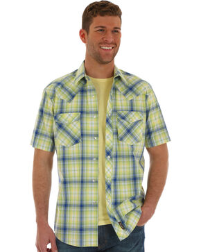 Wrangler Retro Men's Citrus Green Short Sleeve Plaid Shirt , Light Green, hi-res