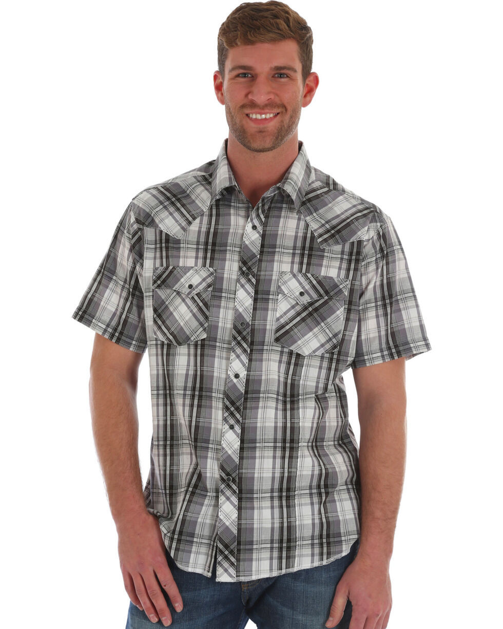 Wrangler Men's Black Plaid Short Sleeve Snap Shirt, Black, hi-res