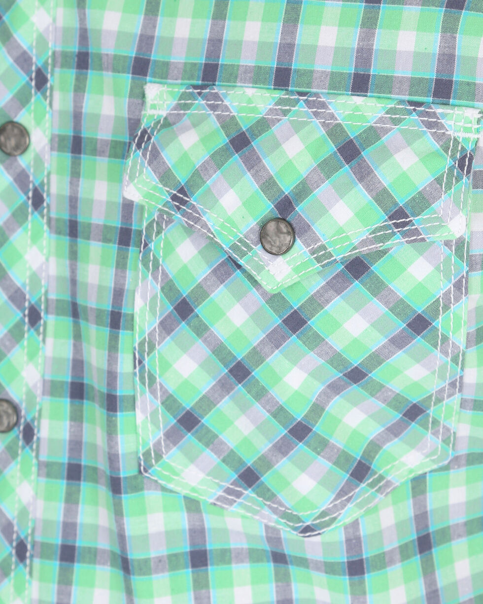 Wrangler 20X Men's Green Plaid Competition Advanced Comfort Short Sleeve Western Shirt , Green, hi-res