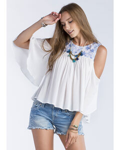 Miss Me Women's White Floral Embroidery Short Sleeve Top, White, hi-res