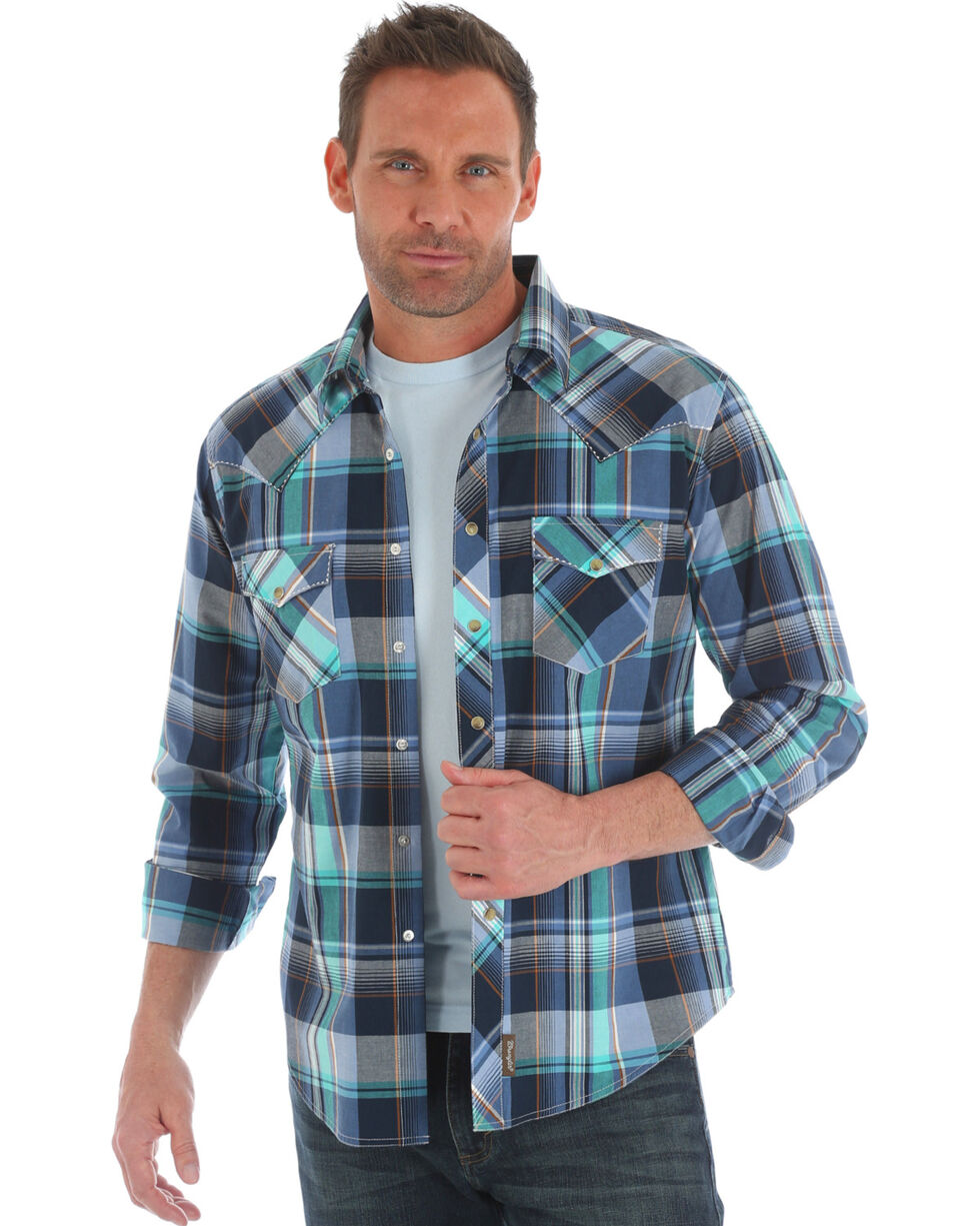 Wrangler Retro Men's Navy Blue Plaid Long Sleeve Snap Shirt, Navy, hi-res