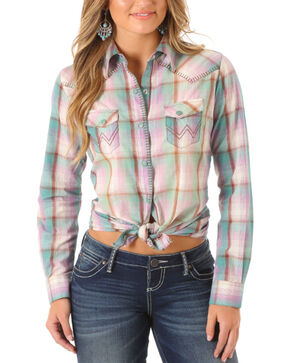 Wrangler Women's Green Blanket Stitch Plaid Long Sleeve Shirt , Light Green, hi-res