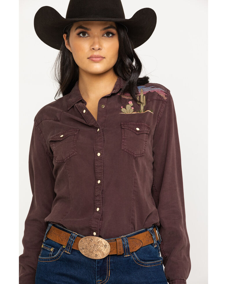 32bdcf00 Zoomed Image Panhandle Women's Tencel Long Sleeve Western Shirt, Brown,  hi-res