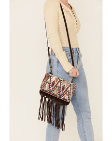 Idyllwind Women's Hang Tight Fringe Crossbody Bag, Brown, hi-res