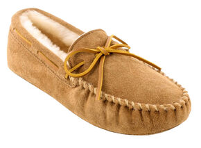 Minnetonka Men's Sheepskin Softsole Moccasins, Tan, hi-res