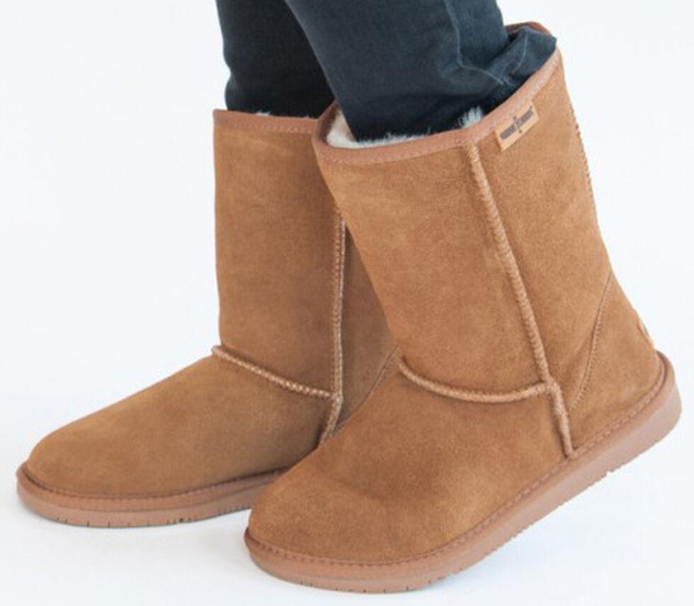 Minnetonka Women's Olympia Boots, Tan, hi-res