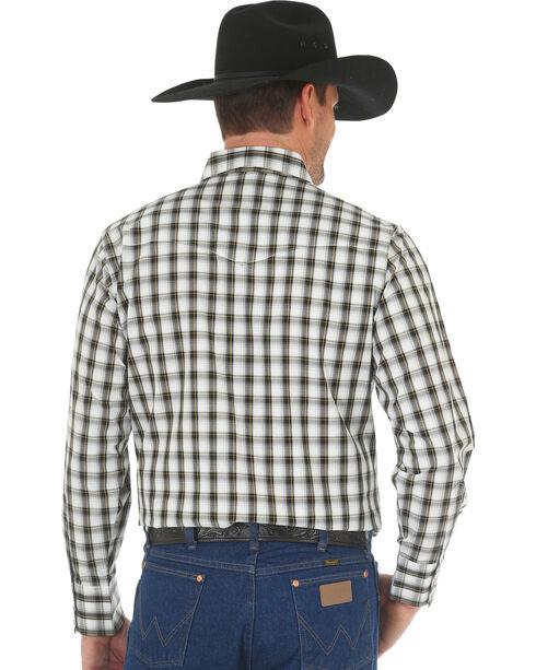 Wrangler Men's Wrinkle Resistant Black Plaid Western Snap Shirt, Black, hi-res