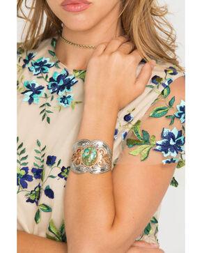 Montana Silversmiths Women's Western Lace Cuff Bracelet , Silver, hi-res