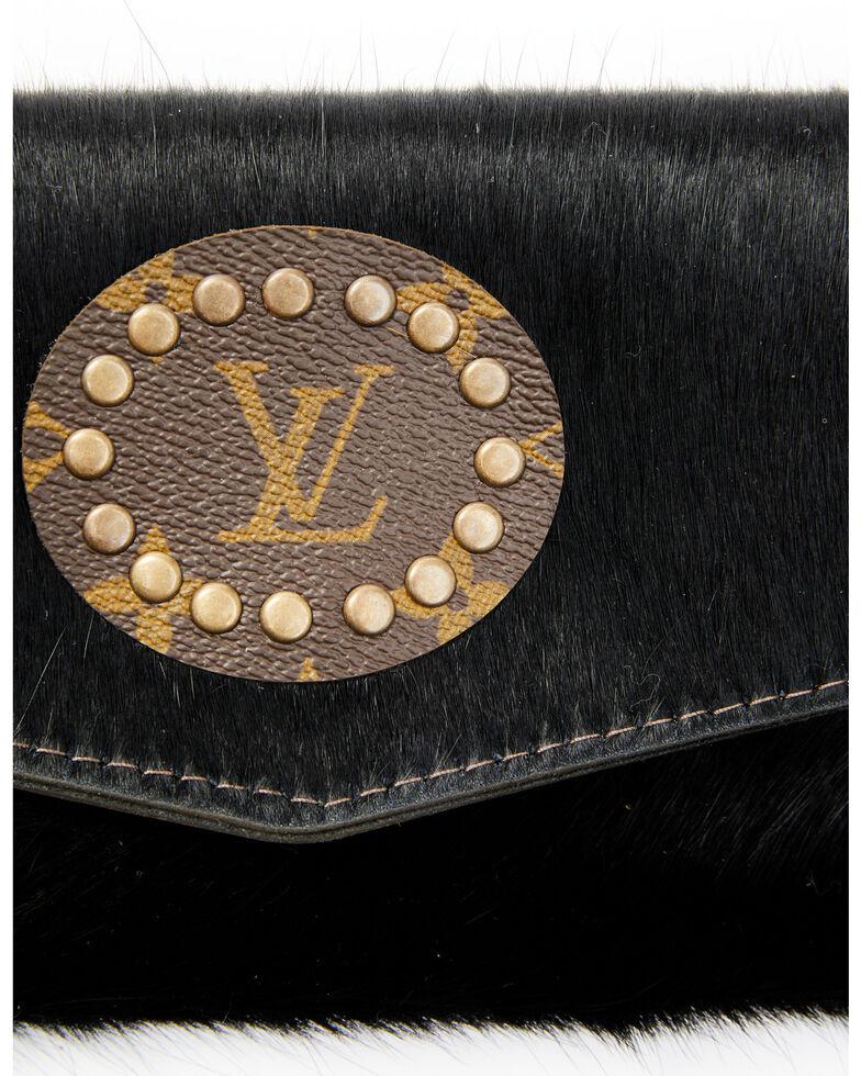 Keep It Gypsy Women's Cowhide Crossbody Bag, Black, hi-res