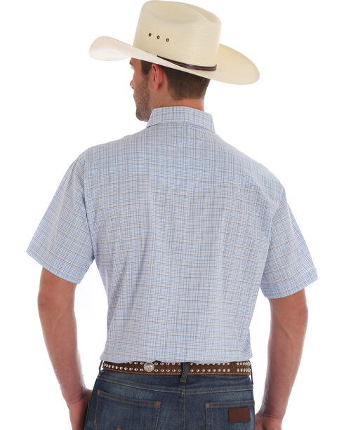Wrangler Men's Wrinkle Resist Blue Plaid Short Sleeve Western Snap Shirt, Blue, hi-res