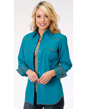 Roper Women's Blue Long Sleeve Western Style Snap Shirt, Blue, hi-res