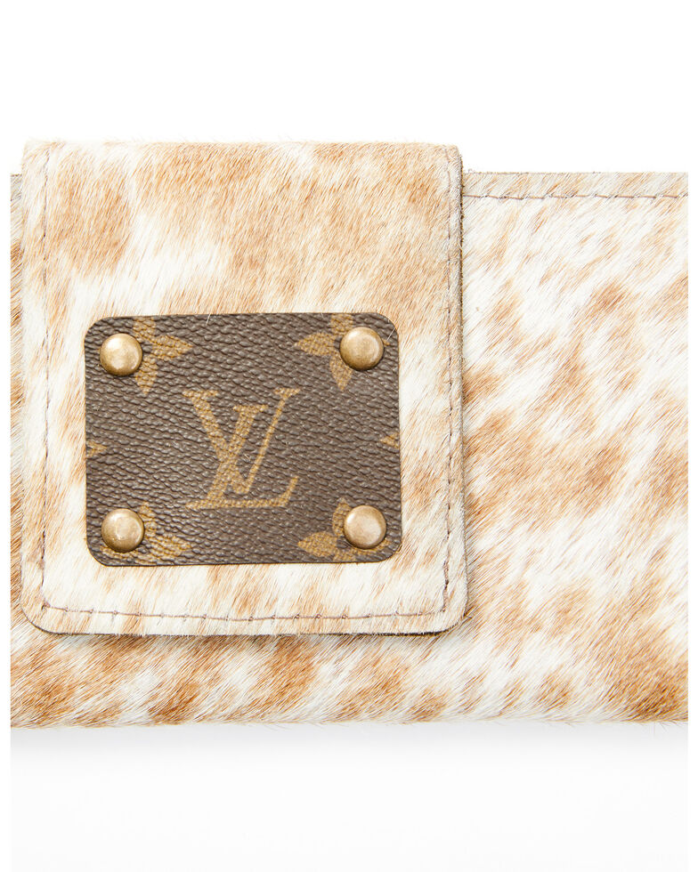 Keep It Gypsy Women's Cowhide Patch Wallet, White, hi-res