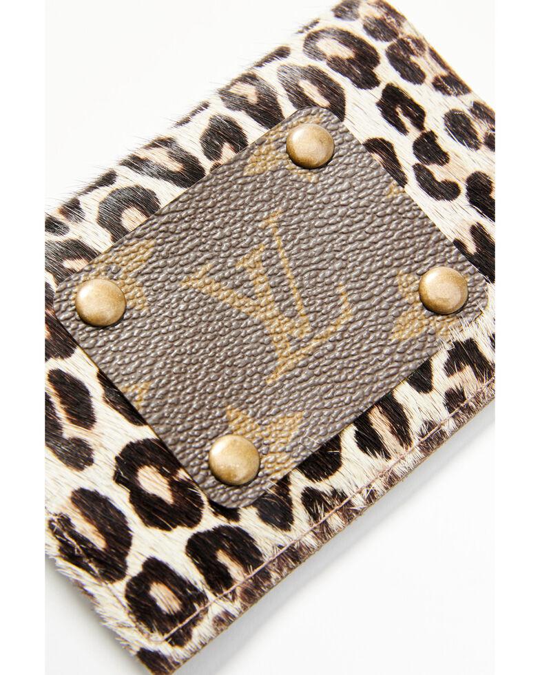 Keep It Gypsy Women's Leopard Print Card Holder, Leopard, hi-res