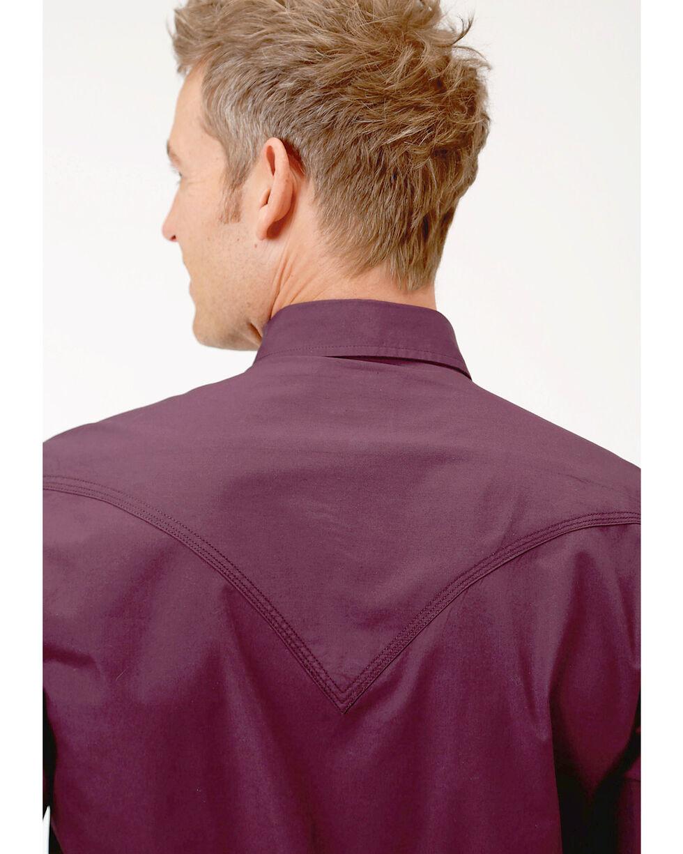 Roper Men's Performance Long Sleeve Solid Snap Shirt, Burgundy, hi-res