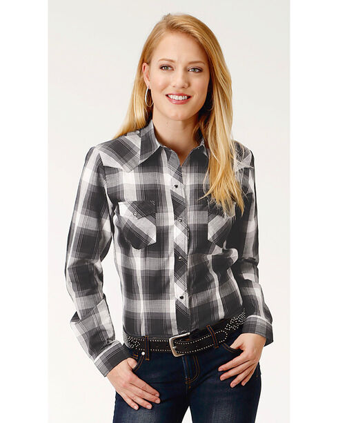 Roper Women's Plaid Long Sleeve Western Snap Shirt, Black, hi-res