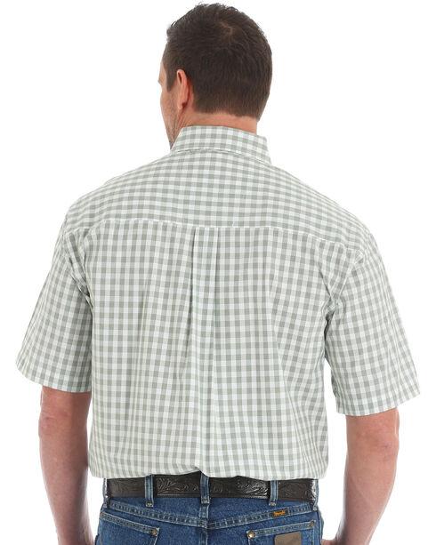 Wrangler George Strait Men's Green Short Sleeve Plaid Shirt , Olive, hi-res