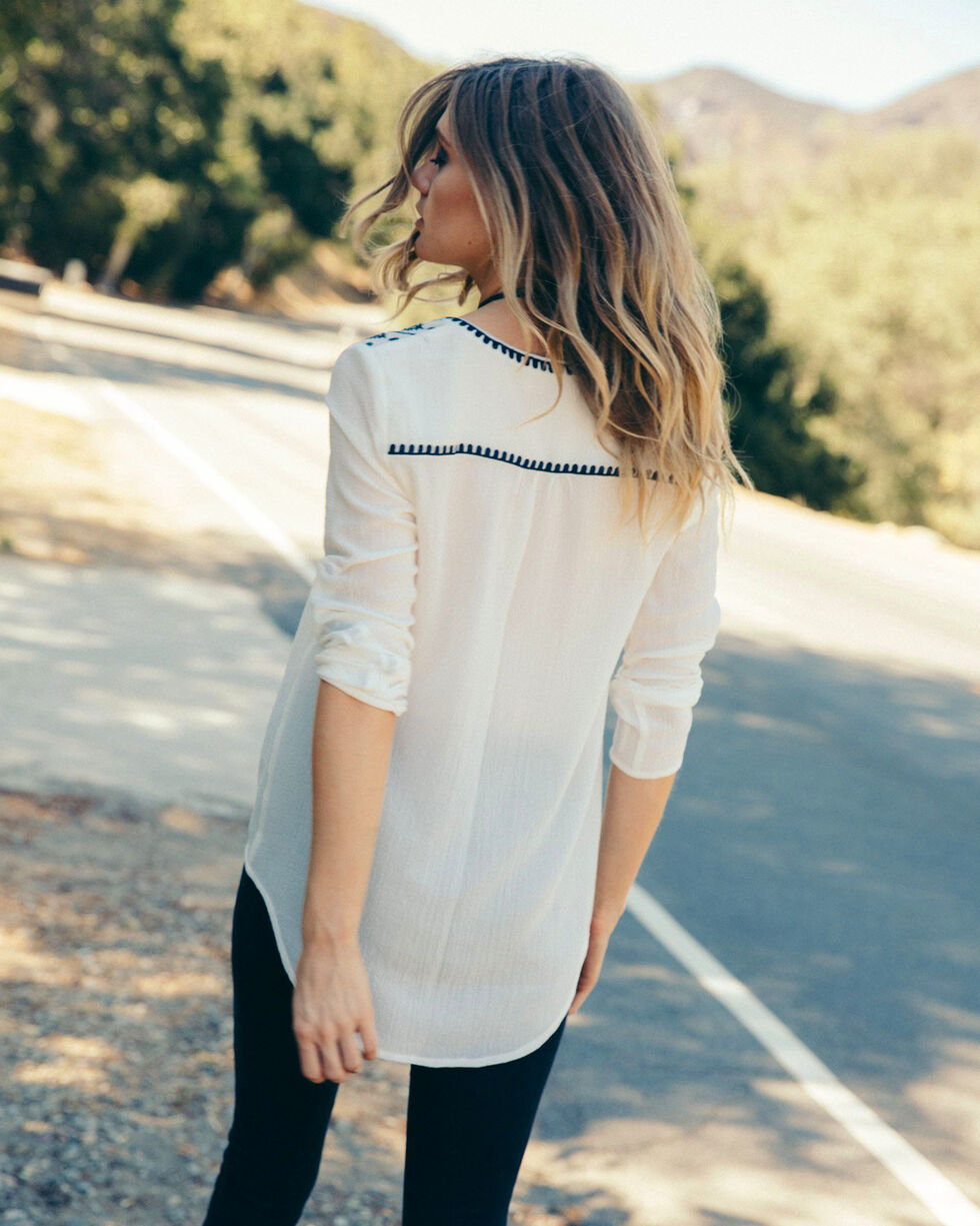 Sadie & Sage Women's White Parker Blouse, White, hi-res
