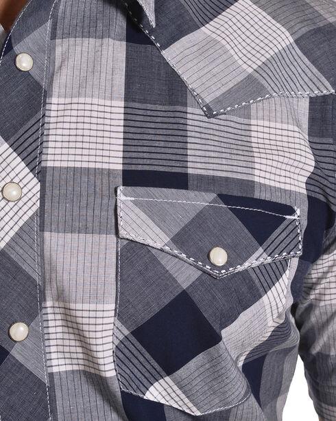 Wrangler Men's Navy Retro Short Sleeve Plaid Shirt , Navy, hi-res