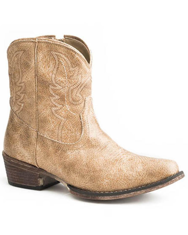 Tan Vintage Western Booties - Snip Toe