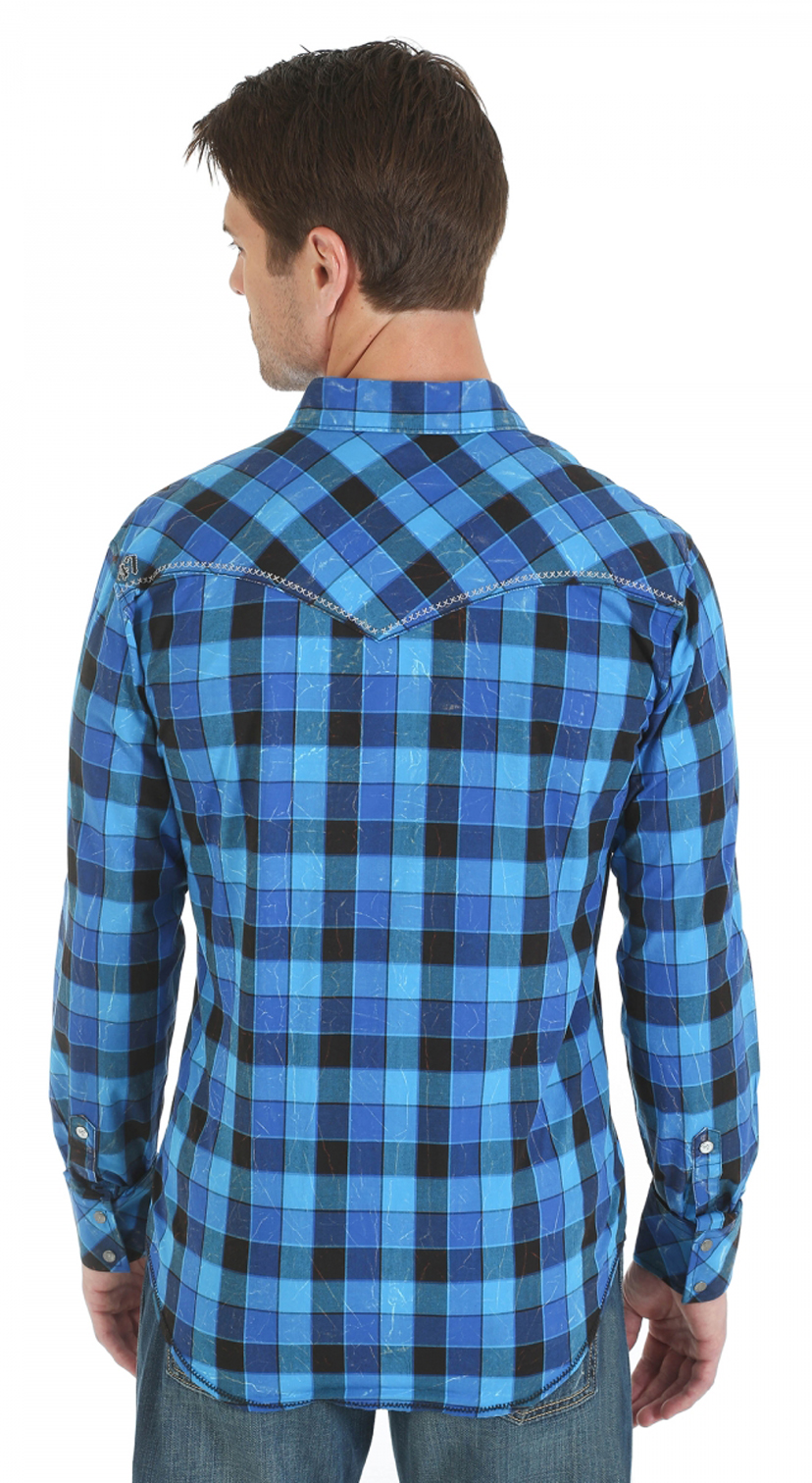 Wrangler rock 47 embroidered blue and black plaid long for Black and blue long sleeve shirt