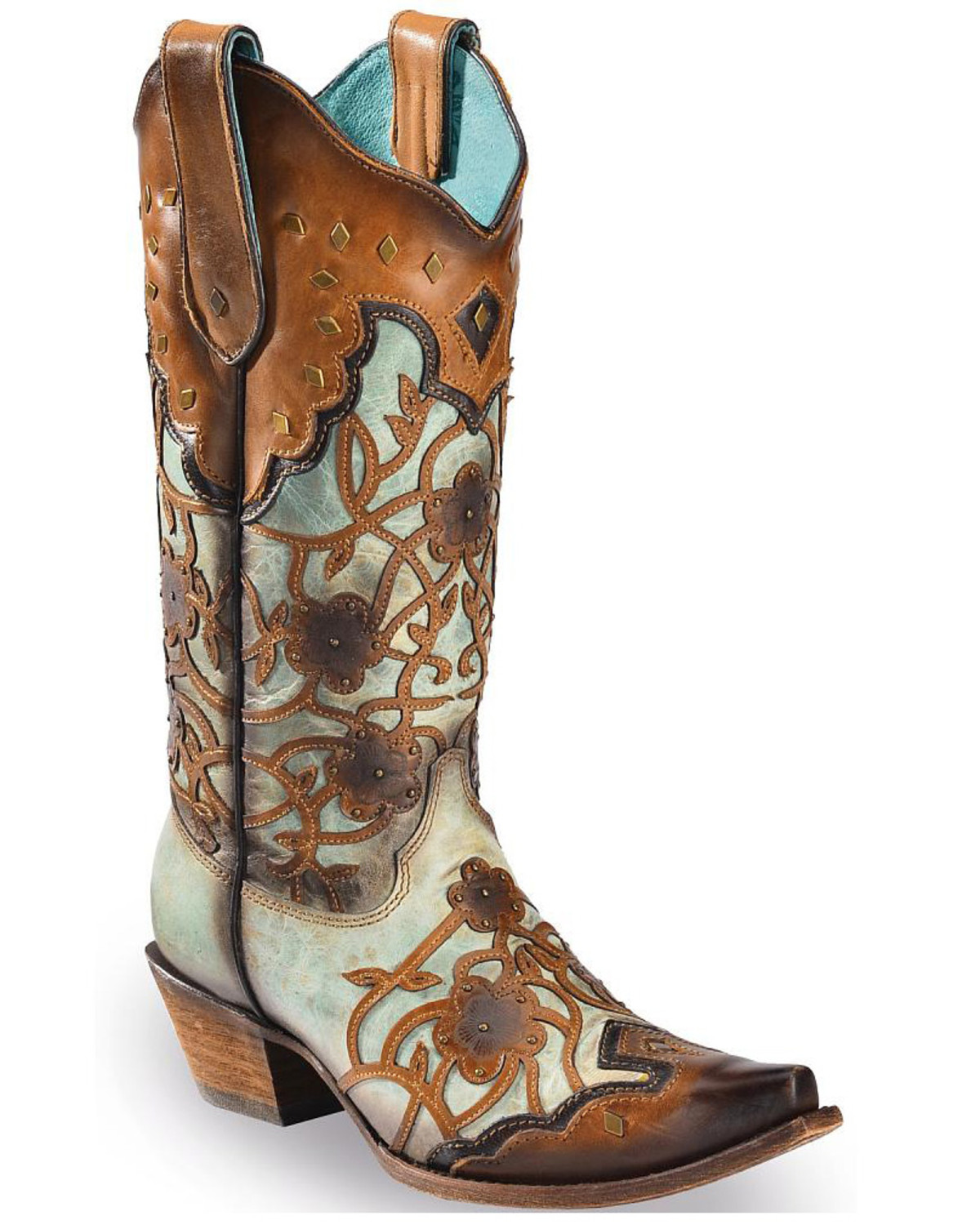 Cavender's western boots for girls and for boys include a range of styles from traditional toe to snip toe, round toe, square toe, and roper boots.